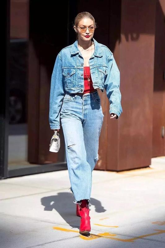牛仔夹克怎么搭配?可酷可甜可复古的穿法在这里
